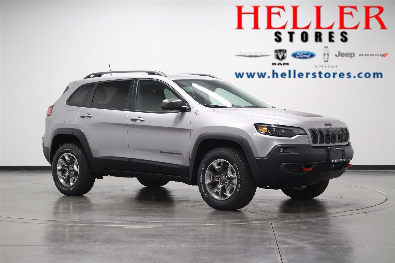 New 2019 Jeep Cherokee Trailhawk Sport Utility in Pontiac J