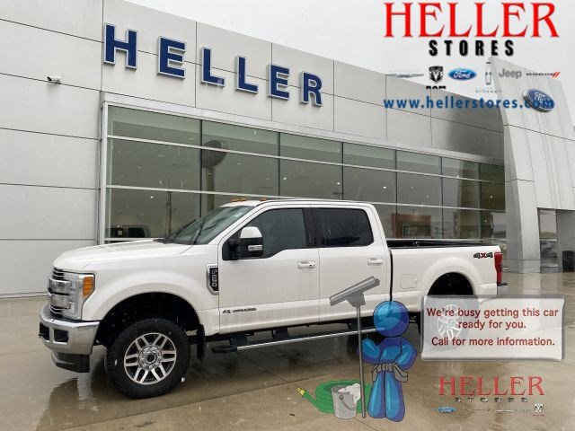 Pre-Owned 2017 Ford F-250 Super Duty Lariat