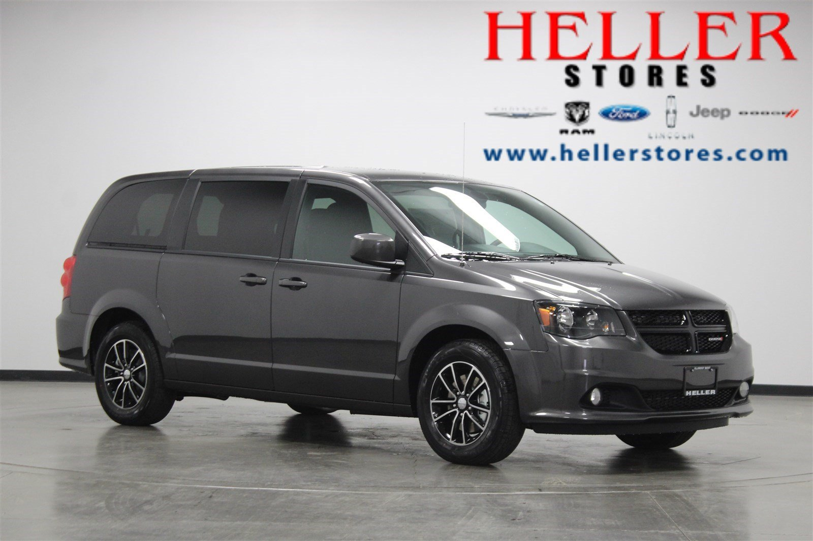 New 2019 Dodge Grand Caravan Se Plus Mini Van Passenger In Pontiac
